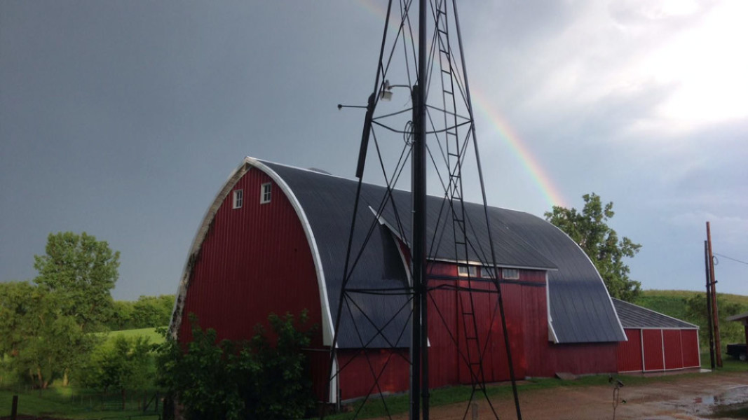 Glenwood Orchard Barn and Rainbow