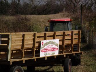 Glenwood Orchard Wagon Rides