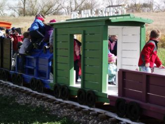 All Aboard the Glenwood Orchard Train